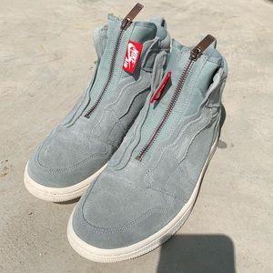 Nike Women's Air Jordan 1, 7.5 Blue suede